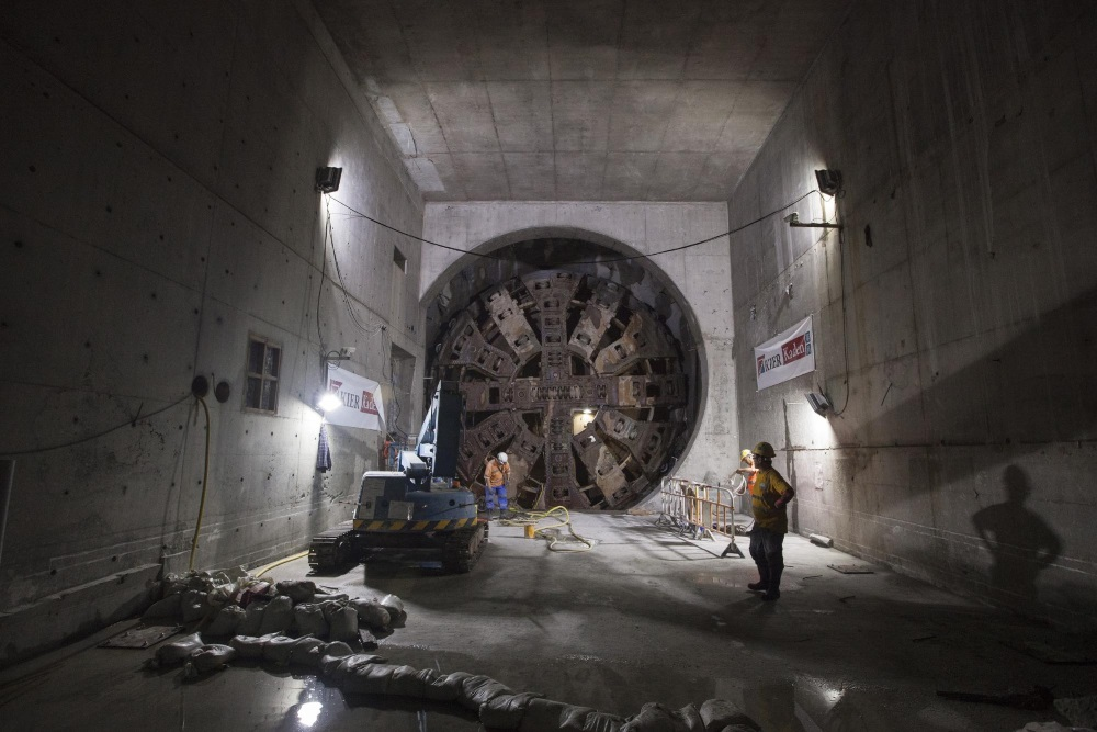 Tunnel Boring Machine Head at the interface between Contracts 823 and 824 in Tai Kong Po, 2015 (copyright David Feehan)