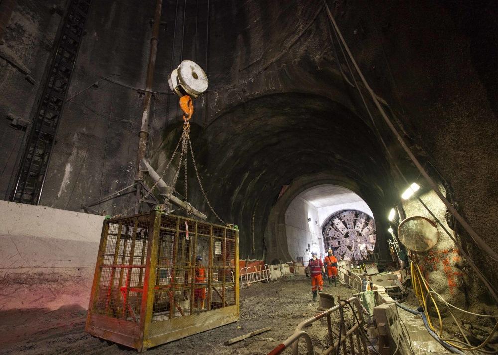 Hong Kong to Guangzhou Express Rail link